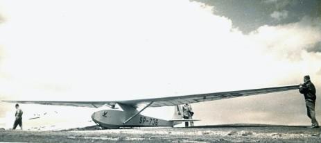 Komar 49 SP-736 na starcie na Żarze. Z archiwum R. Witkowskiego
